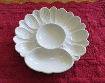 "Rare Ironstone Porcelain Stoneware White Sunflower Artichoke Plate 9"""