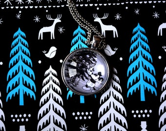 Mickey Mouse - Classic Disney Christmas Necklace