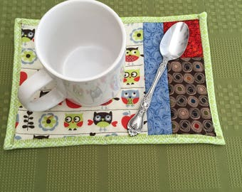 Mug Rug | Coaster | Snack Mat | Coasters | Owls | Kitchen Linens | Mug Rugs | Home Decor | Kitchen Decor | Trivet | Owl Pattern | Serving