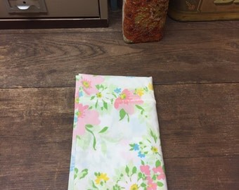 Vintage Pillowcase Linens Percale