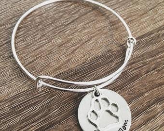 Dog Mom bangle bracelet / Paw print charm / Dog bracelet / Animal lover gift / Rescue mom / Doggie / Dog lover / Dog print / Pet jewelry