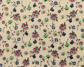 "Apparel fabric, Floral Print Fabric, Dress Material, Sewing Craft, Beige Fabric, Home Decor, 40"" Inch Cotton Fabric By The Yard ZBC5853"