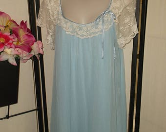Vintage Tosca 1960s bridal peignoir nightgown Large; blue double layer nylon chiffon; sheer beige lace trim; flutter sleeves; pinup gift