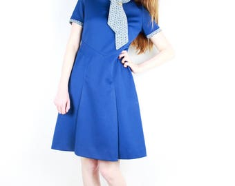 French vintage 60's Blue mini dress / Short Sleeve Printed Tie Collar Schoolgirl Mod Dress Swing Dress Fit & Flare / Size Small