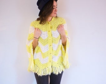 SALE! Vintage Yellow Poncho | Button up yellow and white spring shawl