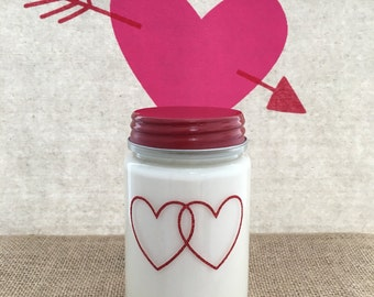 Clear Jar Red Hearts Soy Candle - 16oz - Glacé scent