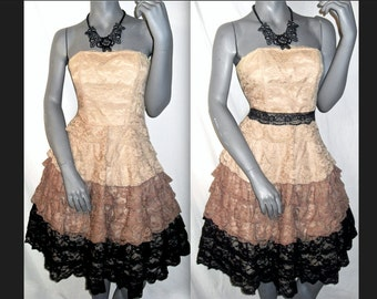Betsey Johnson Strapless Beige/Tan-Brown/Black Lace Layer/Tier Knee Length Tulle Formal/Prom Dress 6/8