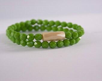 Green bracelet / Green glass bead bracelet / bracelets set / Green glass bead jewelry / Pair of two green bracelet / Brown glass bracelet