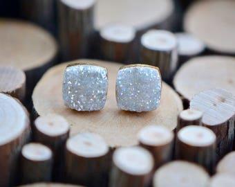 Titanium White Druzy Gold Stud Earrings, Druzy Stud Earrings, Druzy Earrings, Druzy Jewelry, Square Stud Earrings, Boho Earrings, Boho Style