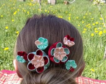 Decorative hair comb / Barrette kanzashi/flowers red, green, beige/flower kanzashi/clip hair/Ribbon satin