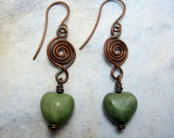 Copper swirl and green heart dangle earrings