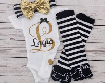 Initial name bodysuit, baby bodysuit, baby initial, baby name, glitter baby, baby shower