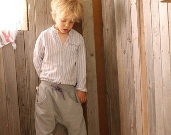 cool, casual Sweat trousers grey