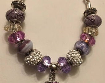 Custom Made Beaded Bracelet with a DaVinci Chain and a Dangling 18mm Heart Interchangeable Snap for Women