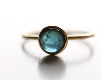 18K Yellow Gold Ring with 0.89 carats' cabochon Indicolite (Blue Tourmaline) - Handmade - Stylish - Elegant - Made in Italy