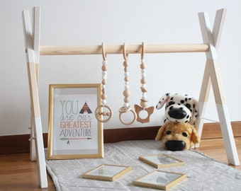 Baby gym with 3 gym toys / Stylish and natural / Beads are safe for teething / ECO friendly baby toy paint