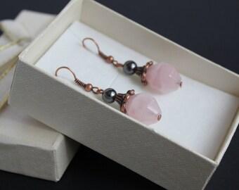 Rose gemstone earrings Love energy Gift for sister Rose quartz earrings Rose jewelry Pink earrings gift Hematite quartz earrings Pink copper