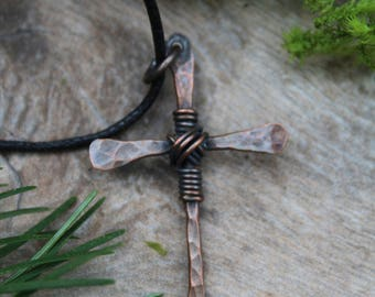 Hammered Copper Cross Necklace, Mens Cross Necklace, Rustic Cross, Christian Necklace, Religious Jewelry, Cross Necklace Men, Copper Cross