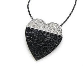 Black & Silver Heart Pendant Necklace NK4017j