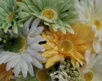 Spring/Summer Floral Arrangement