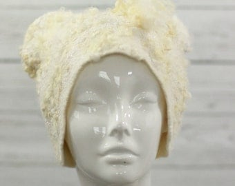 "Felted Hat ""Whipped Cream"""