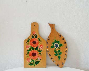 Set of 2 vintage hand-painted wooden cutting board chopping board chopping board folk painting 1970 s wood brightly painted