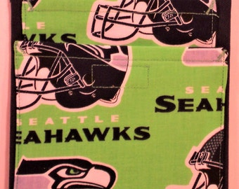 Seahawks/ lime green on navy           21