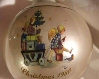 "Vintage Schmid Christmas 1980 ""Parade into Toyland"" glass ornament -portrays Sister Berta Hummel work - Seventh Limited Edition"