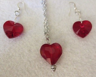 CLEARANCE!  Beautiful Crystal Red Heart Necklace and Earrings Set