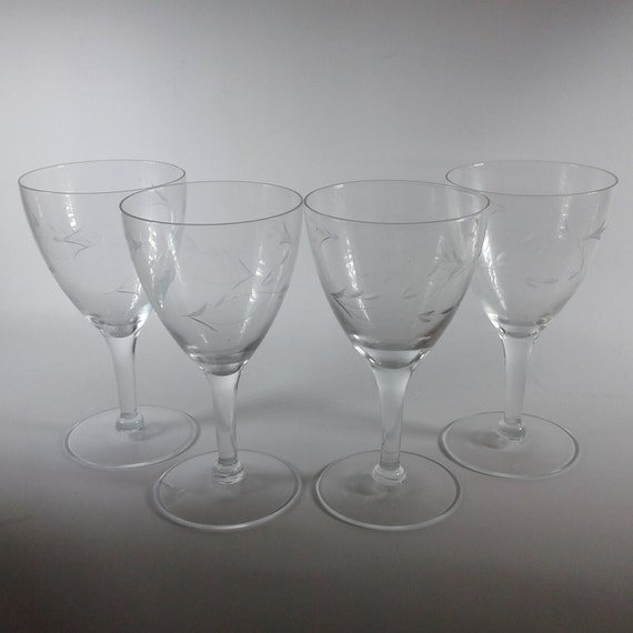 Set of 4 Princess House Crystal Glasses