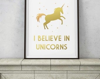 I Believe In Unicorns Quote - Rose Gold Copper Wall Decor - Mystical Magical Gold Sparkles - Printable Digital INSTANT DOWNLOAD