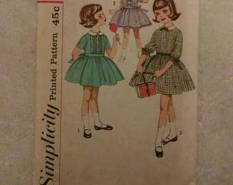 Cute Simplicity Printed Pattern for Sewing, Dress, Child, Girl, Vintage