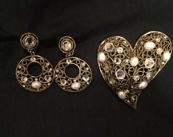 Brooch and Clip On Earring Matching Set