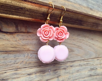 Romantic Macaron Earrings, Cute Vintage style earrings with Rose and Macarons, Miniature Food