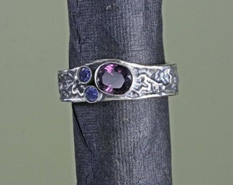 spinel engagement ring tanzanite engagement ring trilogy ring spinel dress ring tanzanite statement ring tanzanite wedding ring spinel SP3