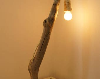 Driftwood lamp design