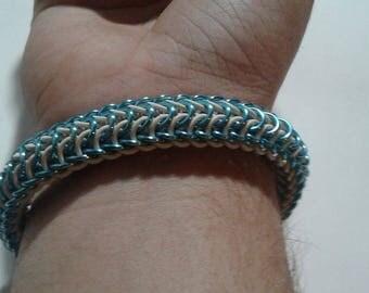 Persian Dragonscale bracelet