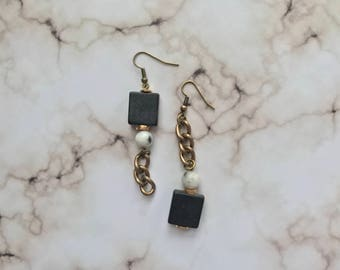 Asymmetrical chain and bead earrings