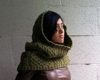 Knitting pattern, knitting pattern cowl, knitted cowl, The Khajiit Cowl, The Khajiit Cowl knitting pattern, knitting pattern pdf, cowl