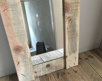Of pallets wooden mirror