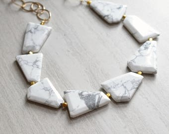 The Jane- White and Gray Howlite and Gold Chain Necklace