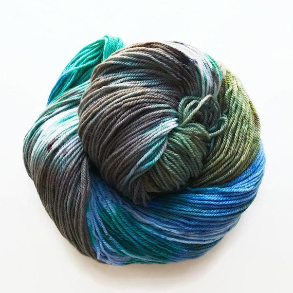 thasos / hand dyed yarn / superwash merino wool sock yarn/ twist sock fingering yarn/ green blue turquoise white yarn / speckle yarn