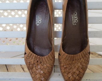 Bandolino Woven Leather Wedges - Size 7.5 Narrow