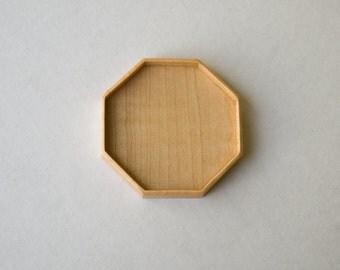 Large LIGHT octagonal tray setting finished - Sailors Valentine - Maple - 50 mm cavity diam. - (F85-Mp)