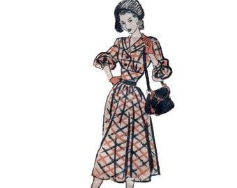 40s Midriff Band Dress pattern Hourglass Dress pattern vintage  30-25.5-33 Fit and Flare Dress pattern Mail Order Pattern marian martin 9206