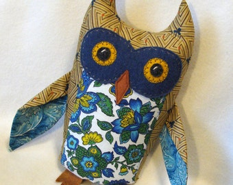 Great Horned Owl plush fabric sculpture earthtone blue green vintage fabric plushie