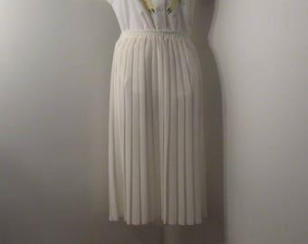 Accordion Pleated Skirt size 10, Ladies pleated skirt