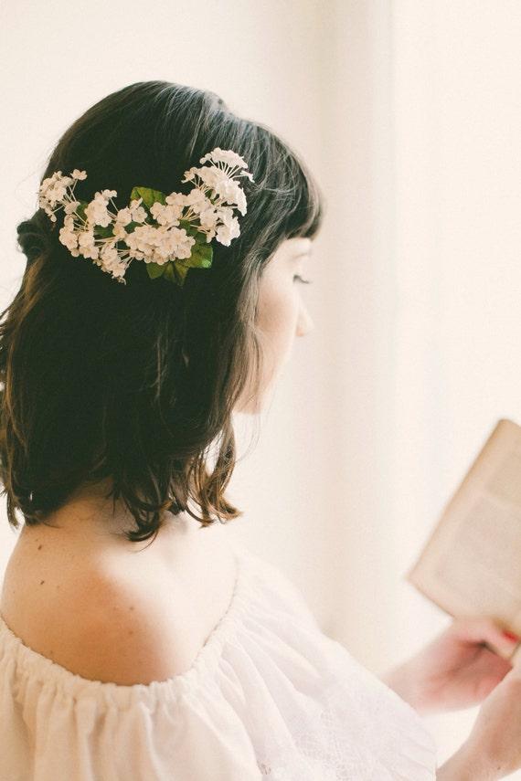 White baby's breath flower clip, Floral bridal clip, Unique wedding hair accessory, Updo side bun back clip, WG08