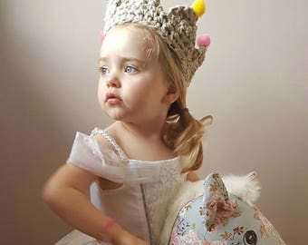 Pom Pom Crown, Children's Crochet Crown, Personalised Crown, Children's Dress Up, Children's Fancy Dress, Princess Dress Up, Make Believe