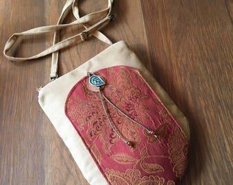 Large Zipper Top Golden Tapestry Shoulder Pocket